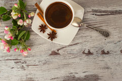 Een kop van geurige koffie voor ontbijt Royalty-vrije Stock Foto