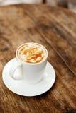Een kop van koffie met bladpatroon Royalty-vrije Stock Afbeelding