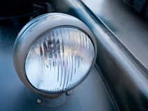 Een koplamp van oud voertuig royalty-vrije stock foto's