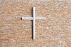 Een kruis op hout Royalty-vrije Stock Foto's