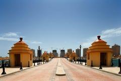 Een kunstmatig eiland parel-Qatar in Doha, Qatar royalty-vrije stock afbeelding
