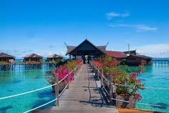 Een kunstmatige Kapalai eiland tropische toevlucht Royalty-vrije Stock Afbeeldingen
