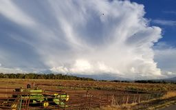 Een landbouwersmening van de wolken royalty-vrije stock afbeeldingen