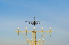 Een landend vliegtuig Stock Foto