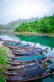 Een lange staartboot royalty-vrije stock fotografie