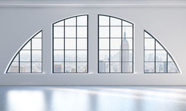 Een leeg modern helder en schoon zolderbinnenland De Mening van de Stad van New York Een concept luxeopen plek voor commercieel o Royalty-vrije Stock Foto