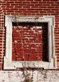 Leeg Houten Kader op Rode Bakstenen muur Royalty-vrije Stock Fotografie