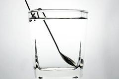 Een lepel in het water Royalty-vrije Stock Afbeelding