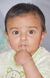 Een leuke kleine jongen Stock Fotografie