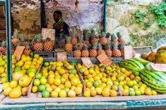 Een lokale Straatmarkt in Havana in Cuba royalty-vrije stock foto's