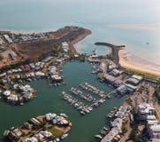 Een luchtfoto van Cullen Bay, Darwin, Noordelijk Grondgebied, Australië stock afbeelding
