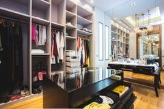 Een luxekleedkamer Royalty-vrije Stock Foto