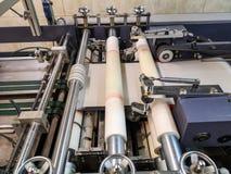 Een machine om tekst of beelden van type of platen te drukken stock foto