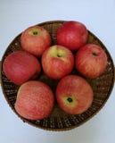 Een mand van appelen Stock Foto