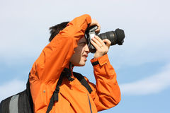 Een mannelijke fotograaf Stock Afbeeldingen