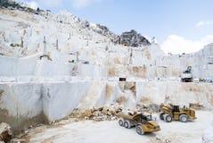 Een marmeren steengroeve van Carrara Stock Afbeelding