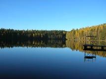 Een meer in Finland Stock Foto's