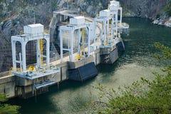 Een Meerweergeven van Smith Mountain Hydroelectric Dam Lake royalty-vrije stock afbeeldingen