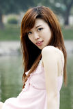 Een meisje in de zomer. Stock Foto