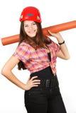 Een meisje in een helm houdt een document broodje op schouders Stock Foto