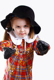 Een meisje in hoed het in dozen doen Royalty-vrije Stock Foto