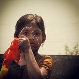 Een meisje met waterdalingen Stock Afbeelding