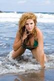 Een meisje op het strand Royalty-vrije Stock Afbeelding