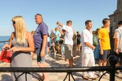 Een menigte van toeristen Royalty-vrije Stock Fotografie