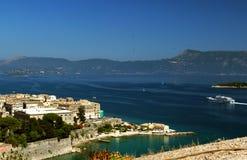Een mening aan de Kerkira stad, Korfu, Griekenland Stock Fotografie