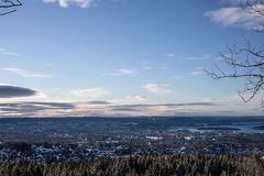 Een mening over Oslo Noorwegen stock foto's