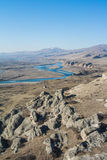 Een mening van de berg bij oude erfenisstad Uplistsikhe Stock Foto