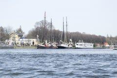 Een mening van de boot in Amsterdam Stock Foto