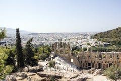 Een mening van de stad van Athene van de ruïnes van de oude stad wordt gefotografeerd die royalty-vrije stock foto