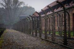 Een mening van een gebied voor het uitvoeren van Conc gevangenen van Auschwitz wordt gebruikt die stock foto