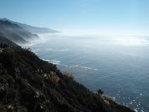 Een mening van Grote Sur-kustlijn Royalty-vrije Stock Afbeeldingen