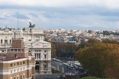 Een mening van het Vatikaan, de herfst in Rome Oude Stad De straten van de stad royalty-vrije stock foto's