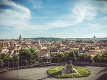 Een mening van hierboven van de hoofdstad van Rome in Italië De langzaam verdwenen wijnoogst ziet eruit stock foto
