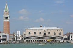 Een mening van San Marco - Venetië - Italië Stock Foto's