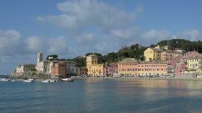Een mening van Sestri Levante Italië stock video