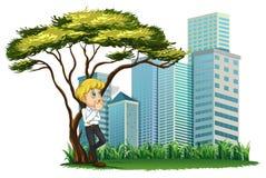 Een mens die onder de boom over de gebouwen roken stock illustratie