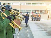 Een militaire band bij de paradewinter Stock Afbeelding