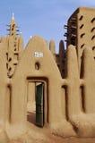 Een moddermoskee in een dorp Dogon royalty-vrije stock foto