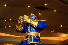 Een model van het karakter Thanos van de films en de strippagina stock fotografie