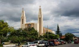 Een moderne kerk in San José, Costa Rica stock foto
