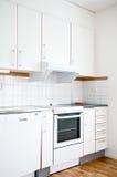 Een modieus modern keukenbinnenland Stock Foto