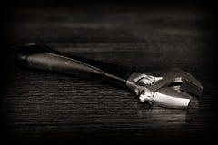 een moersleutel-hulpmiddel voor het reparatiewerk Werkend hulpmiddel Stock Afbeelding