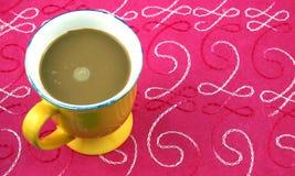 Een mok koffie royalty-vrije stock afbeelding