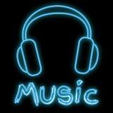Een mooi abstract neon helder gloeiend pictogram, hoofdtelefoons van een uithangbord full-sized muziek en de het exemplaarruimte  royalty-vrije illustratie