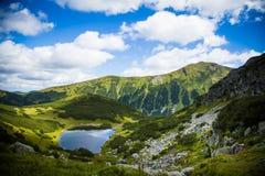 Een Mooi bergmeer Royalty-vrije Stock Foto