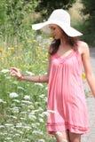 Een mooi meisje in het land Royalty-vrije Stock Foto